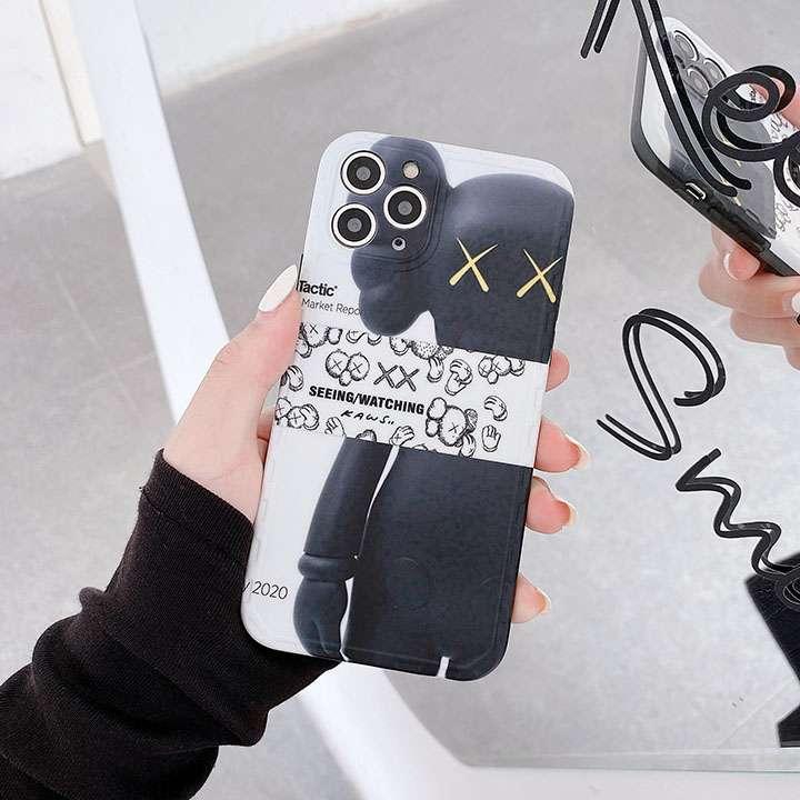 カウズ iphone12ケース