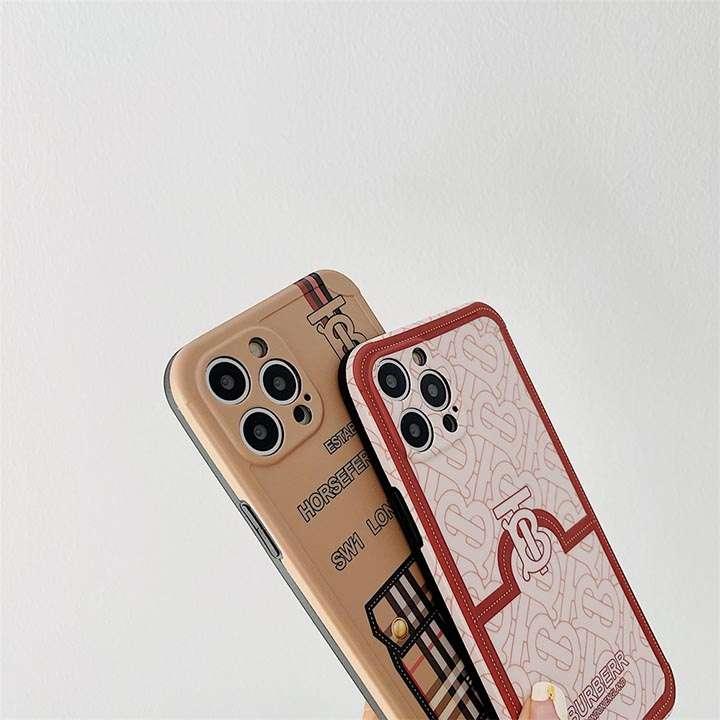 アイフォーン12Promax 芸能人愛用 burberry スマホケース
