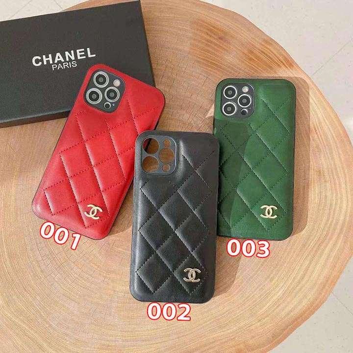 シャネル iphone13/13pro 金属ロゴ付き カバー